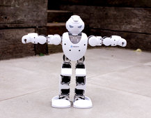 Alpha 1S robot review: The dancing robot that offers lots more