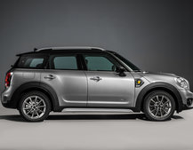 Mini's first hybrid is an AWD Countryman with an electric mode