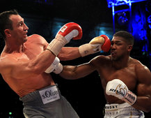 Watch Anthony Joshua's amazing win over Klitschko in virtual reality