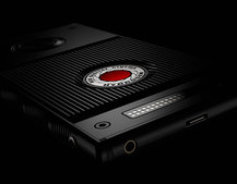 Cameramaker RED just announced a phone with a holographic display
