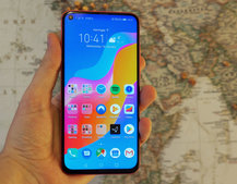 Honor View 20 review: A hole new idea