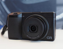 Ricoh GR III initial review: Tugging on those high-end heartstrings