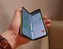 Samsung Galaxy Fold review unit screens are already breaking