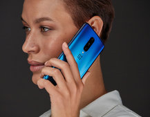 The best OnePlus 7 deals July 2019: Free £90 Mastercard and 15GB for £45 or £50/m on BT