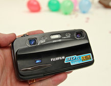 First Look: Fujifilm FinePix Real 3D W3