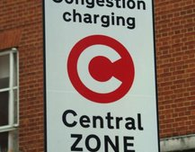 Gas-guzzlers to pay £25 to enter London's Congestion Charge