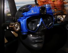 Liquid Image improves video scuba mask