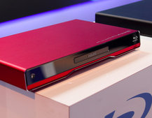 Philips BDP7500s and 9500 Blu-ray players get colourful