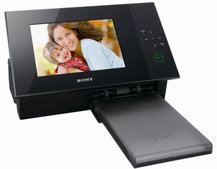 Sony digital S-Frame DPP-F700 offers built-in photo printer
