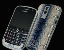 Everton-themed blinged BlackBerry launches