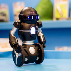 Hands-on: WowWee MiP balancing robot review (video)