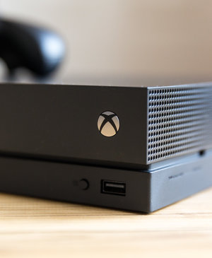 Xbox shelves Xbox One X VR and Mixed Reality plans