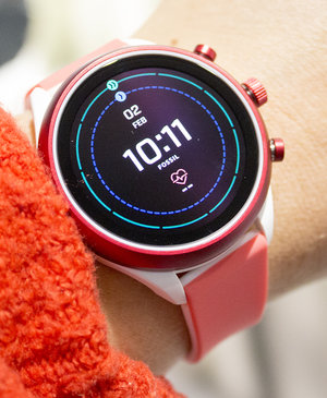 Fossil Sport initial review: Bright, bold and breezy