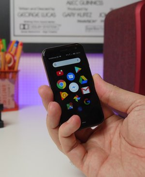 Palm phone review: Tiny, portable and pointless?
