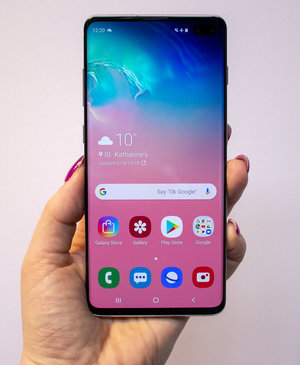 Samsung Galaxy S10+ initial review: It's big, it's bold, it's beautiful