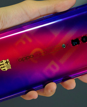 Oppo's latest limited FC Barcelona Edition phone is the Reno, and it's awesome