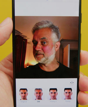 What is FaceApp's AI ageing filter, and how do you use it?