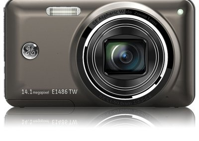 GE updates Power and Smart Series compact cameras