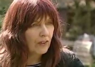 Hacker's mother to stand against Jack Straw