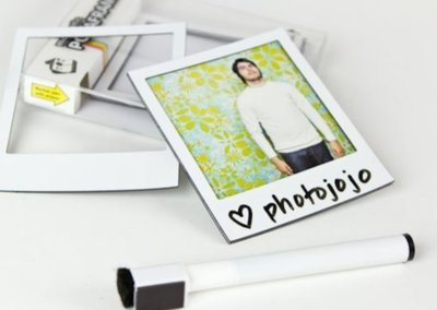 Pimp your fridge with Magnetic Polaroid Frames