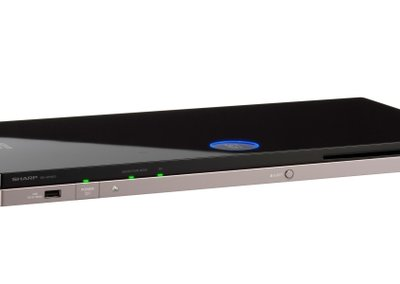 Sharp BD-HP90S: Blu-ray goes slimline
