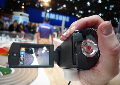 Samsung HMX-Q10 camcorder hands-on