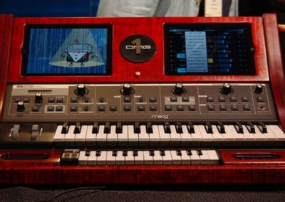 OMG! It's the OMG-1 iPod iPad synthesiser