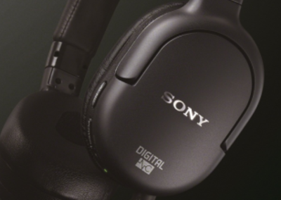 Sony goes on and in-ear with new noise cancelling headphones