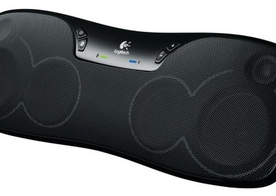 Logitech Wireless Boombox wants your smartphone's tunes