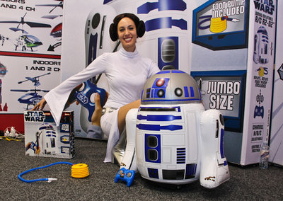 RC R2-D2 marks start of Bladez Star Wars Pump & Play range (video)