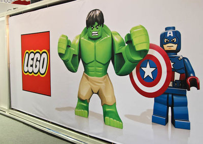 Lego Marvel makes minifigs of The Avengers movie
