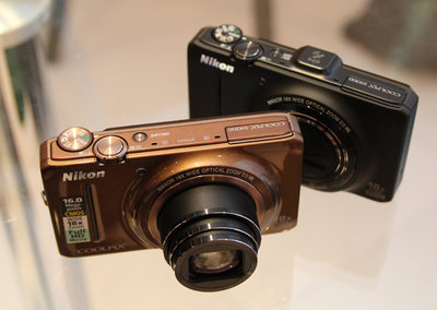 Nikon Coolpix S6300, S9200, S9300 pictures and hands-on