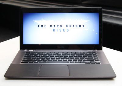 Toshiba Satellite U840W pictures and hands-on