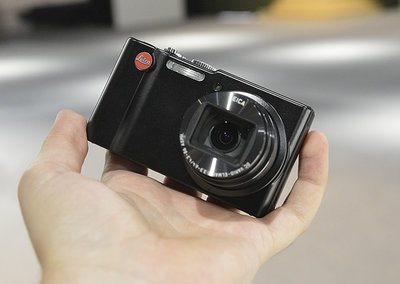 Leica V-Lux 40 pictures and hands-on