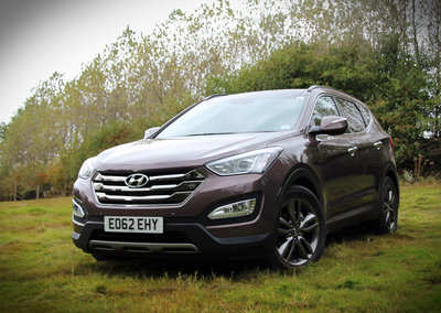 Hyundai Santa Fe Premium SE pictures and hands-on