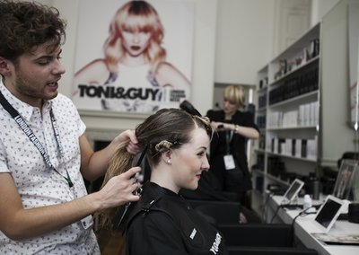 Free Wi-Fi in all Toni&Guy salons thanks to O2