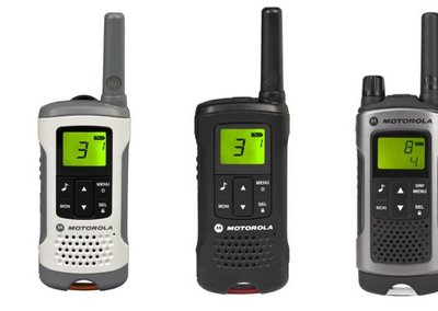 Motorola TLKR walkie-talkie range talks up the talk