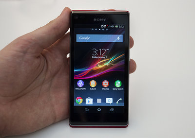 Sony Xperia L pictures and hands-on