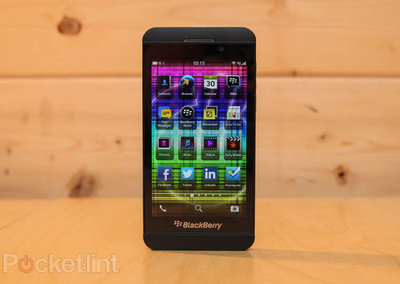 Retailers lowering BlackBerry Z10 prices less than a month after launch