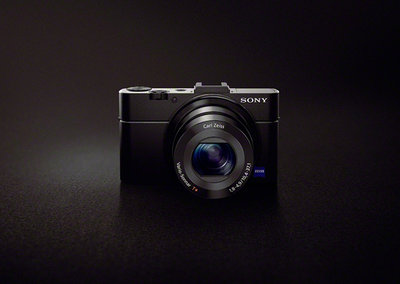 Sony Cyber-shot RX100 II: Mark II adds hotshoe, tilt-angle LCD and Exmor R sensor