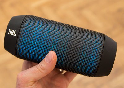 JBL's Pulse wireless speaker packs an LED light show, Bluetooth and NFC for just £179