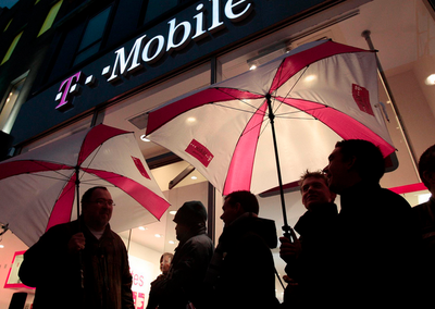 T-Mobile US will pay you to come to its network