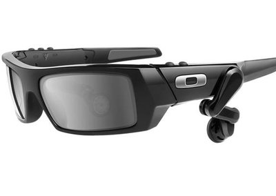 Oakley smart glasses are coming with Google Glass in their sights