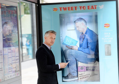 Get free Walkers crisps for tweets from bus stop vending machines