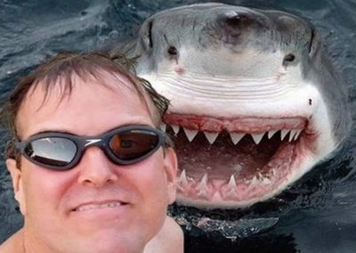 45 amazing and cringeworthy selfies: From the dangerous to the downright gross