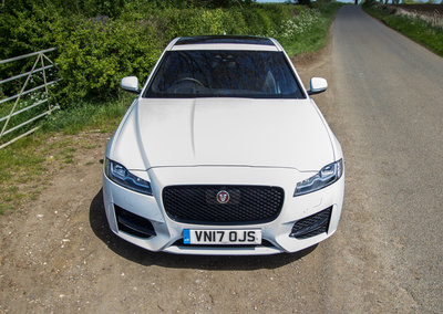 Jaguar XF (2018): Sumptuous luxury, now with new engines