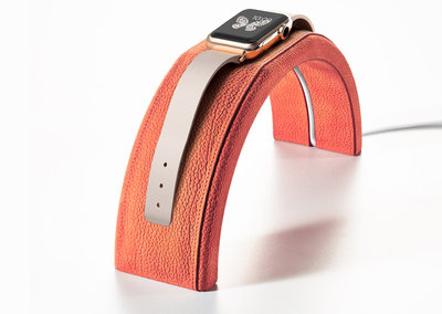 Best Apple Watch stands and docks