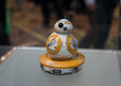 Battle worn BB-8 revealed alongside new Force Band to control it