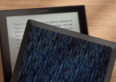 Ebook reader powered by the sun will let you read forever without plugging in