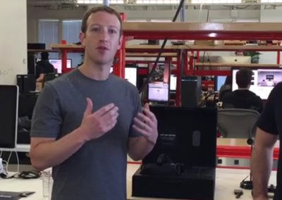 Watch Mark Zuckerberg unbox retail Oculus Rift via Facebook livestream